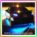 نورپردازی ماشین مشکی با نور آبی